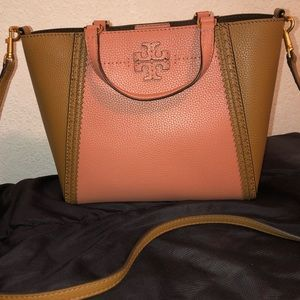 16d3428e4bc0 Tory Burch Bags - Brand New Tory Burch Mcgraw Brogue Small Carryall